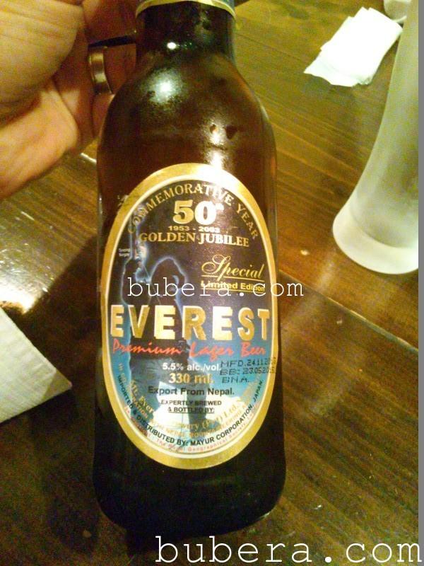 ネパールのビール エベレスト