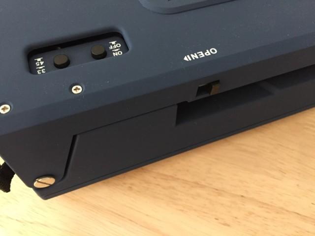 レボリューション・ポータブル・ターンテーブル ブルー CR6020A-BL (3)